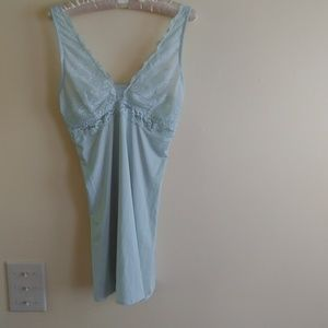 Lovely GILLIGAN & O'MALLEY Nightie, Lingerie